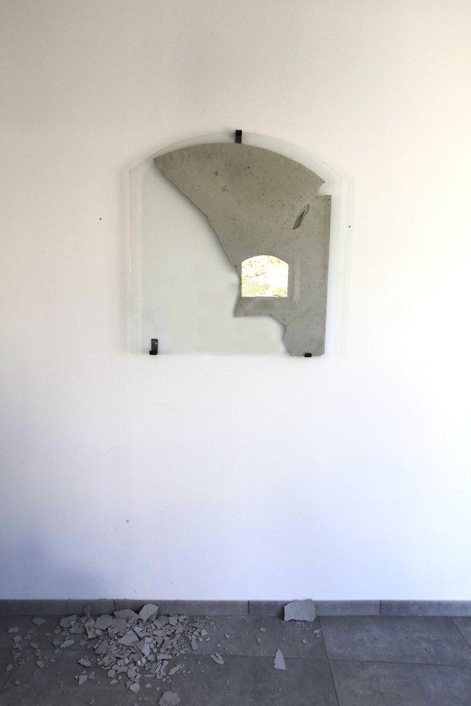 Walled-In-Santenay-2.jpg